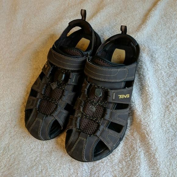 fab84e3fd623 Teva Forebay Hiking Sandals. M 5b9444d9534ef9857f33187b